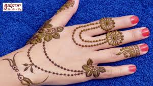 Simple Mehndi Ki Design Dikhaye