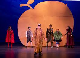 'Giant Peach' rolls into arts center | Arts | jhnewsandguide.com