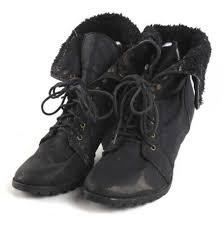 uk size 7 black ankle boots