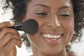 makeup for round face shapes from