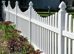Small White Fence Louisesattler