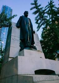 The sculpture of Sir Adam Beck - German Traces in Toronto - Goethe-Institut  Kanada