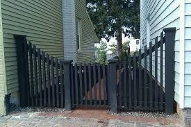 Pin By Sandriel Gentzel On Gates Backyard Fences Rustic Fence Modern Fence
