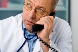 Lékař na telefonu zodpoví i dotazy, na které nemá váš doktor čas |  Doktorka.cz