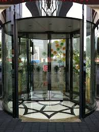2 wing automatic revolving door hotel