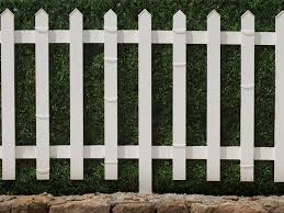 The Average Cost Of Installing A Fence Fence Cost Lakeland Fence Estimate Lakeland Fencing Companies