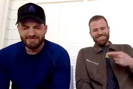 Chris Evans and Brother Scott Play Bro Couples Challenge