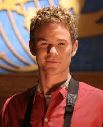 Joanna Campbell's chat with Sci-fi star Aaron Ashmore | 100.7 The Bay