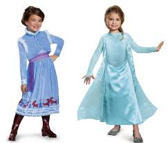anna and elsa costumes in frozen 2