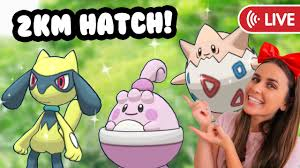 HATCHING 2km SPRING EGGS! Pokémon GO - YouTube