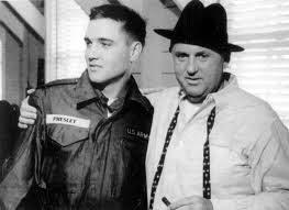 Private Elvis Presley and Colonel Tom Parker at Fort Chaffee, AR, March 25,  1958 (Thnx to Karola Alorak who posted this photo in… (With images) | Elvis  presley, Elvis, Tom parker