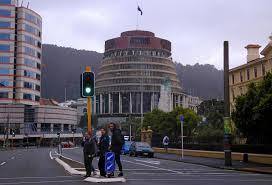 Jacinda Ardern stays cool as earthquake ...