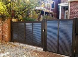 Amazing Average Vinyl Fencing Costs And Vinyl Fencing Cost Per Foot Backyard Fences Front Yard Fence Fenced In Yard