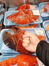 Stores Have Massive 3-Pound Lobster Claws