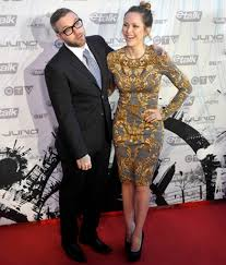 MuchMusic's Leah Miller (with hubby Dallas Green) opts for a ...