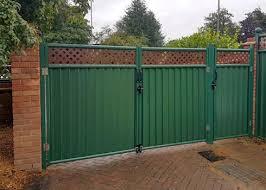 Low Maintenance Metal Garden Fencing Colourfence