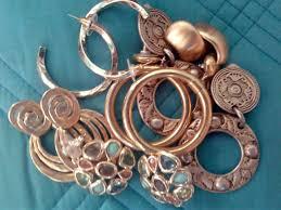 jewelry and gold exchange raising money