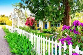 Fence Paint Color Ideas To Revive Your Home S Exterior Fillo