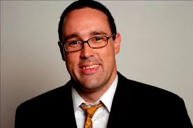 Popular columnist, commentator delights audience - Furman News
