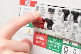 4 Things You Need to Know About Your Circuit Breaker | Tulla More Life