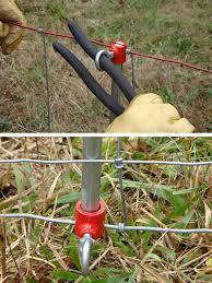 Pajik The Pajik Fence Stretcher Works Like Magic