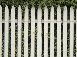 Take A Tip From Tom Sawyer Let A Freelancer Whitewash The Fence For You Freelance Attorneys Com