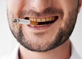 Tabaco, el peor enemigo de dientes y encías