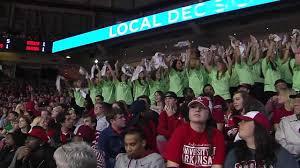 Flash Mob at Arkansas-Florida men's basketball game - YouTube
