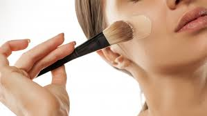 moisturizer before applying foundation