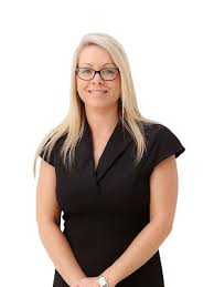 Lacey West - Burleigh Heads - Real Estate Agency Profile