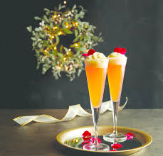 30+ Best Christmas Cocktails - Festive Drink Ideas for Holiday Parties