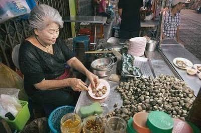 """ผลการค้นหารูปภาพสำหรับ ร้านป้าจิน หอยแครงลวก เยาวราช"""""""