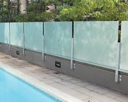 crl arch glass windscreens pool