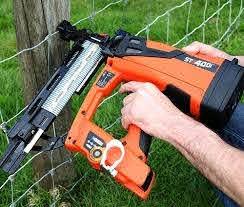 St400i Cordless Fence Post Stapler Stockade Com