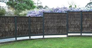 Brustics New Zealand Brushwood Fencing And Thatch Shelters