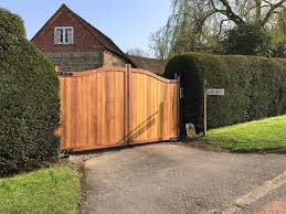 Gates And Fences Uk Ltd The Berkshire Hardwood Driveway Gate Our Most Popular Selling Hardwood Design Beautifully Constructed Using Iroko Wood For A Highly Durable And Smooth Finish Call Us