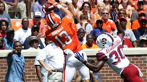 Clemson Football Video Report: 100 Yards with Adam Humphries ...