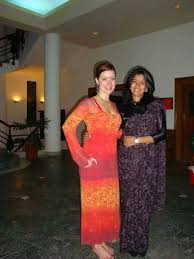 Veengas with U.S. fellow Kristy Smith at CONTACT, Nepal | Pakistan-U.S.  Alumni Network