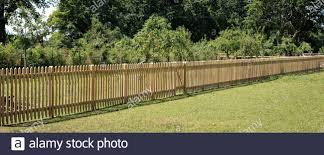 Paling Fence High Resolution Stock Photography And Images Alamy