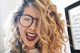 zoella s makeup haul tigerbeat