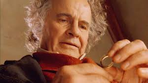 Addio a Ian Holm: è stato l'hobbit Bilbo Baggins ne 'Il signore ...