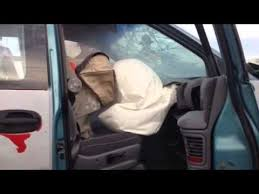 car seat vs front passenger airbag