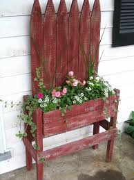 Picket Fences Salvaged Repurposed Fence Planters Pallet Flower Box Porch Planters