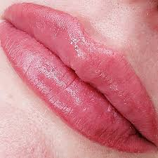 pmu lip blush