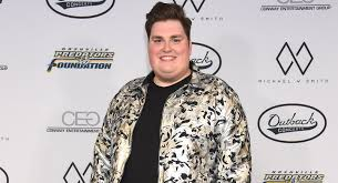 Voice' Winner Jordan Smith Escapes Serious Injuries After Scary ...