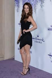 Jessica Lowndes : celebritylegs