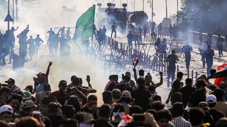 "ıraq protests ile ilgili görsel sonucu"""