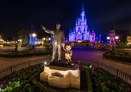 the kiss goodnight disney world s best thing few guests see