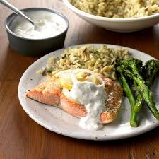 Salmon with Creamy Dill Sauce Recipe ...
