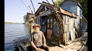 101 small houseboats living free